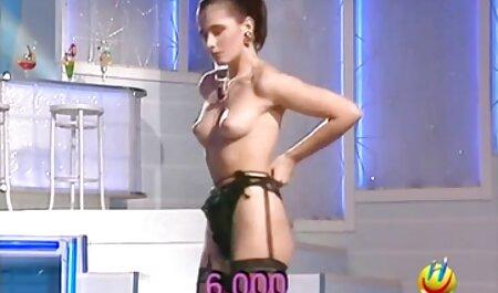 Chica veteranas cogedoras rusa que le encanta recibir una polla negra en el culo