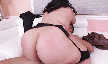 Maduro porno estrella listo a mierda con la persona en videos pornos de mujeres veteranas la sofá para divertido