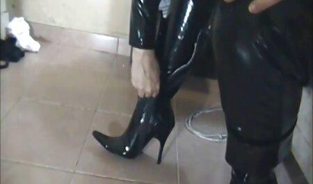 Lascivo esposa se ensucia con veteranas colombianas follando su amante sin vergüenza porque de su marido