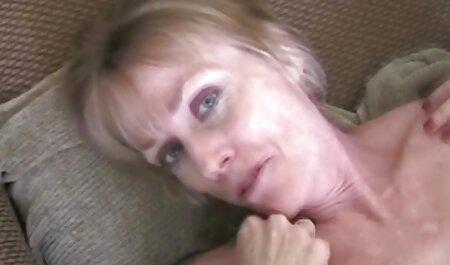 Estrellas porno con tetas serviporno veteranas colgantes clavado duro por un gran falo
