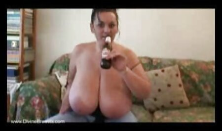 Modelo ucraniano abrir su amateur veteranas culo para el buen sexo anal