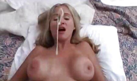 Joven checa pornstar con videos caseros maduras xxx grandes tetas naturales complacer a su novio