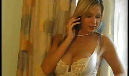 El empleador es cómodo sexo de la ama de llaves porno de veteranos