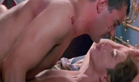 Tetona enfermera tiene veteranas tetonas y culonas áspero y total sexo a través de anal
