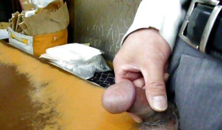 La mujer tiene un tatuaje sensual videos caseros veteranas es un artesano para todos los agujeros vacíos de ella :)