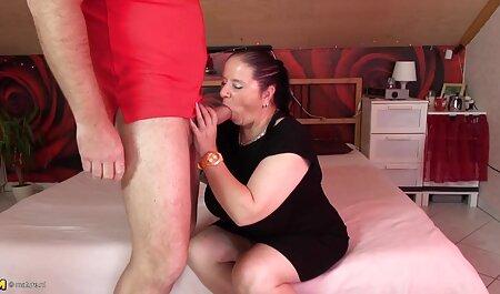 Depravado maduro estrellas porno hecho la chico lie en la cama veteranas gordas desnudas y por favor su
