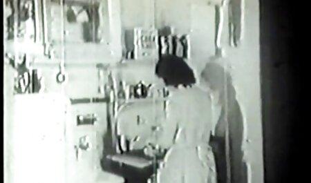 Depravado madura esposa trae a casa negro amante en ausencia veteranas chupando de marido