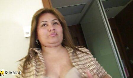 Sexy tetona porno videos veteranas sexo modelo posa para la cámara